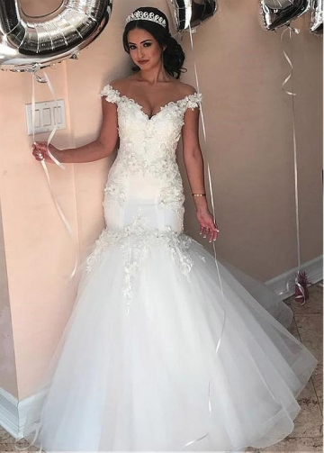 Modest Tulle & Satin Jewel Neckline Mermaid Wedding Dresses With Beaded Lace Appliques & Handmade Flowers