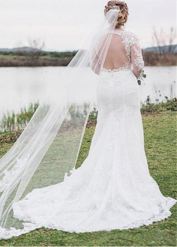 Stunning Tulle Scoop Neckline Mermaid Wedding Dress With Lace Appliques & Belt