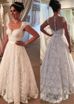 Gorgeous Tulle & Lace Jewel Neckline A-line Wedding Dress With Lace Appliques & Beadings & Belt