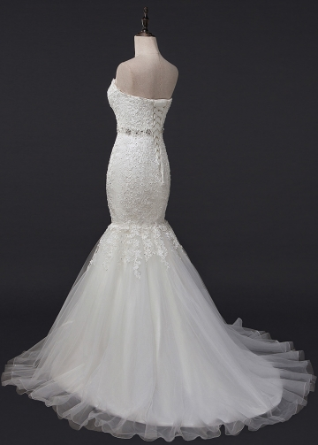 Glamorous Tulle & Organza Sweetheart Neckline Mermaid Wedding Dress With Lace Appliques & Beading