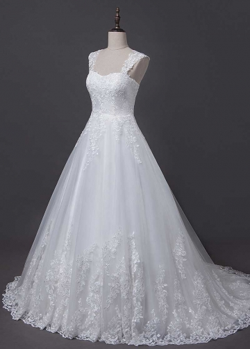 Fantastic Tulle Sweetheart Neckline A-line Wedding Dress With Lace Appliques & Detachable Shoulder Straps