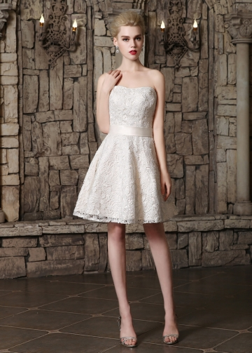 Chic lace Strapless Neckline A-line Wedding Dresses