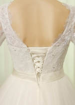 Romantic Tulle & Lace Bateau Neckline A-line Wedding Dresses