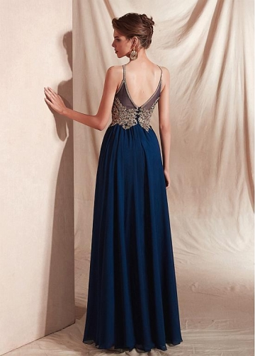 Brilliant Chiffon Halter Neckline Floor-length A-line Evening Dresses With Appliques
