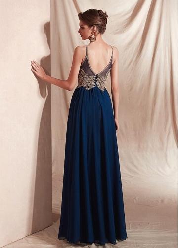 Brilliant Chiffon Halter Neckline Floor-length A-line Evening Dresses With Appliques