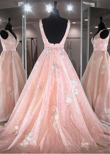 Elegant Tulle V-neck Neckline Floor-length A-line Prom Dresses With Lace Appliques & Belt