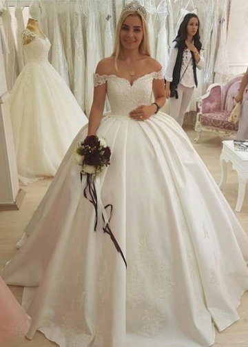 Dreamy Lace and Satin Ball Gown Wedding Dresses Off-the-shoulder