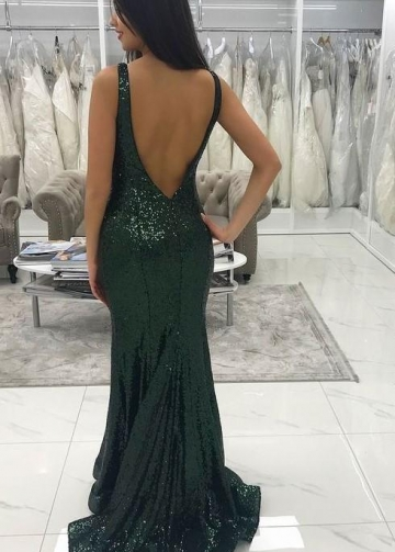 Deep V-neckline Sequins Dark Green Formal Dresses Near Me