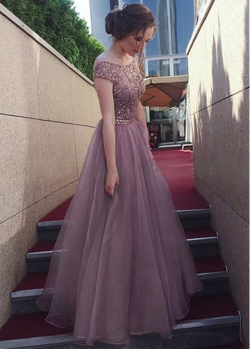 Delicate Tulle & Organza Bateau Neckline Floor-length A-line Prom Dress With Beadings