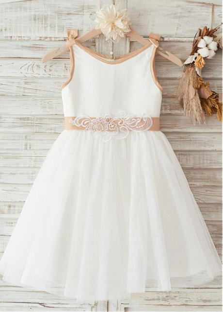 Modern Satin & Lace Scoop Neckline Knee-length A-line Flower Girl Dresses With Bowknot