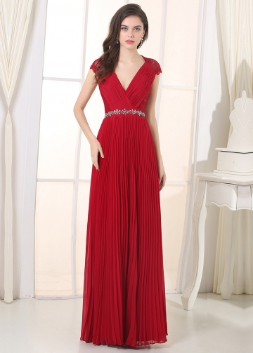 Charming Chiffon V-Neck A-Line Prom / Bridesmaid Dresses
