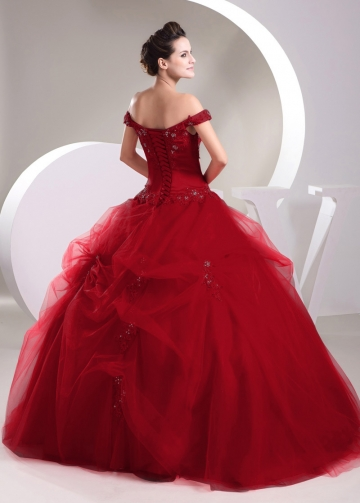 Exquisite Satin Off-the-shoulder Neckline Ball Gown Quinceanera Dresses With Lace Appliques