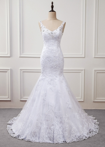 Amazing Tulle V-neck Neckline Natural Waistline Mermaid Wedding Dress With Lace Appliques & Beadings