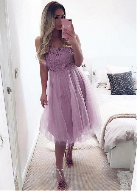 Graceful Lace & Tulle Spaghetti Straps Neckline Knee-length A-line Prom Dress