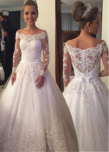 Elegant Tulle Scoop Neckline A-line Wedding Dress With Lace Appliques & Beadings & Belt