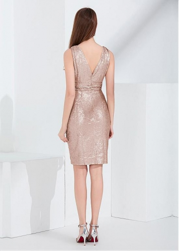 Brilliant Sequin V-neck Neckline Knee-length Cocktail / Bridesmaid Dress