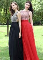 Round Neck Red Long Chiffon Rhinestones Prom Dresses