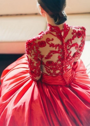 Embroidery Red Evening Dress with Long Sleeves