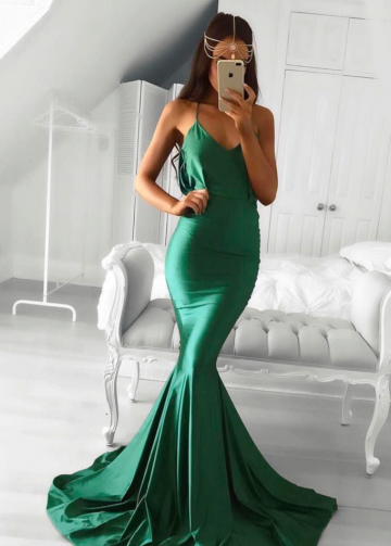 Emerald Green Mermaid Evening Dress with Drapped Low Back