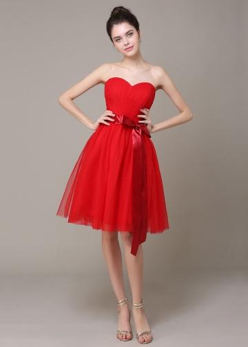 Lovely Tulle Sweetheart Neckline Knee-length A-line Bridesmaid Dress