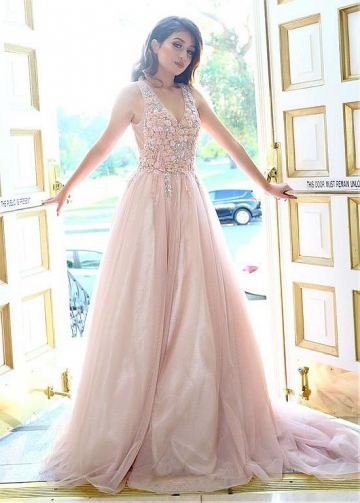 Stunning Tulle V-neck Neckline Floor-length A-line Prom Dress With Lace Appliques & Beadings & Handmade Flowers