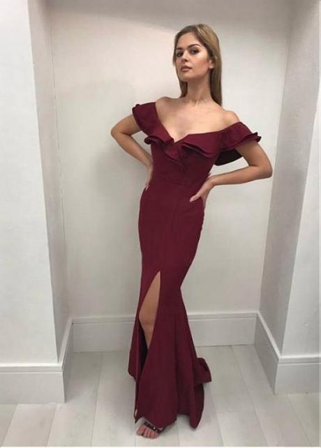 Enchanting Burgundy Off-the-shoulder Neckline Mermaid Evening Dress