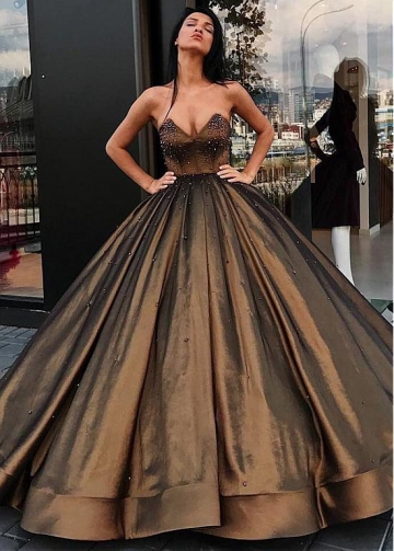 Gorgeous Taffeta Sweetheart Neckline Ball Gown Evening Dress With Beadings
