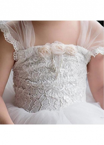 Attractive Tulle Square Neckline Ball Gown Flower Girl Dresses With Lace Appliques & Handmade Flowers