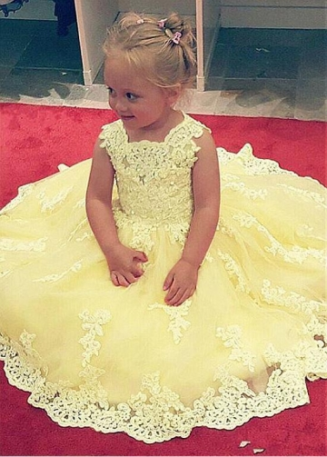 Amazing Tulle Jewel Neckline Ball Gown Flower Girl Dress With Lace Appliques