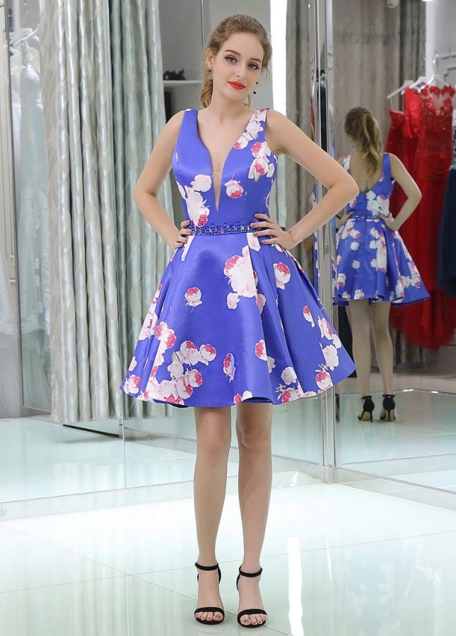 Exquisite V-neck Neckline Short Length A-line Print Homecoming Dresses With Beadings