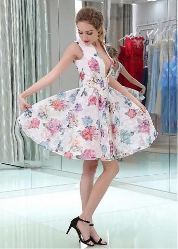 Marvelous V-neck Neckline A-line Print Homecoming Dresses