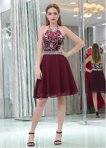 Beautiful Chiffon Halter Neckline Short Length A-line Burgundy Homecoming Dresses With Beadings