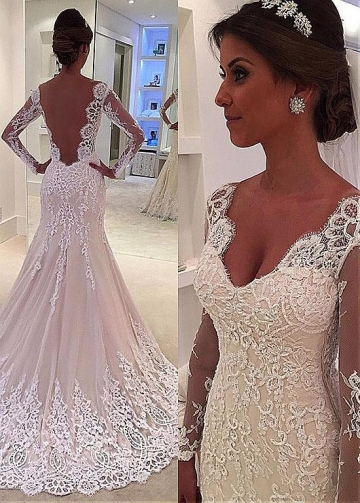 Showy Tulle V-neck Neckline Floor-length Mermaid Wedding Dresses With Beaded Lace Appliuqes