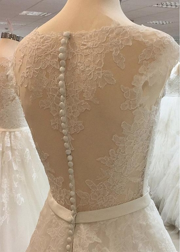 Fantastic Tulle Jewel Neckline A-line Wedding Dresses With Lace Appliques & Rhinestones