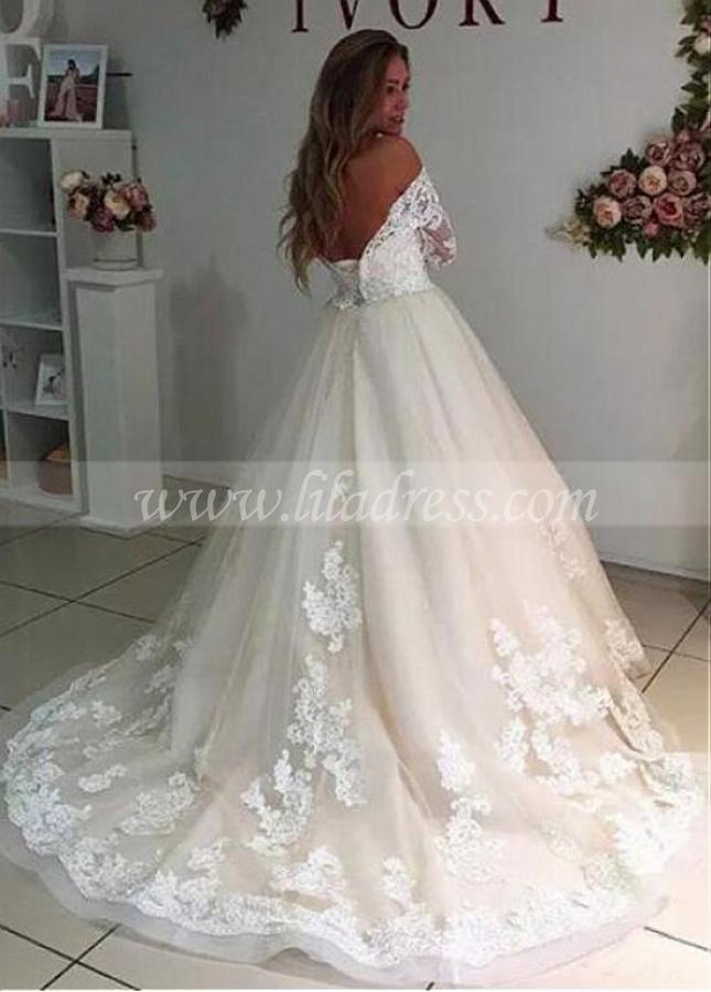 Wonderful Tulle V-neck Neckline A-line Wedding Dress With Lace Appliques