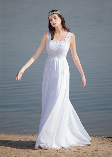 Elegant Chiffon Square Neckline A-line Wedding Dresses
