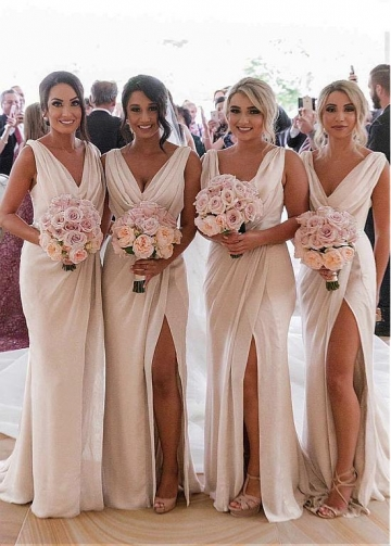 Beautiful Chiffon V-neck Neckline Full-length Sheath/Column Bridesmaid Dresses with Slit