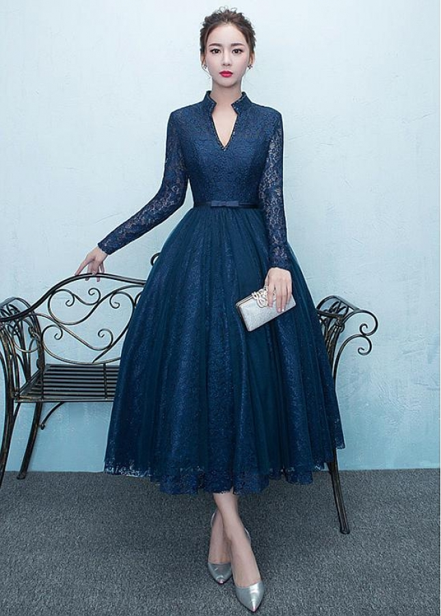 Elegant Lace High Collar Tea-length A-Line Homecoming Dresses