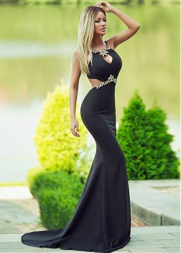 Absorbing Satin Halter Neckline Sheath/Column Evening Dress With Beadings