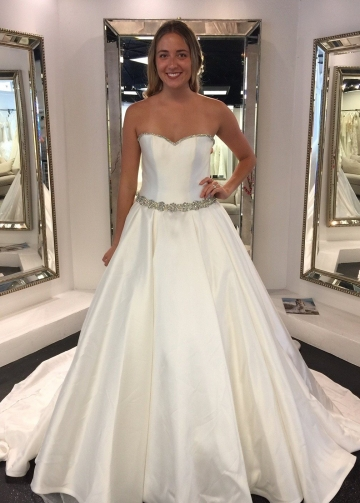 Fabric-buttons Simple Satin Wedding Dress with Rhinestones Belt