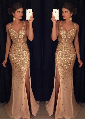 Gorgeous Tulle V-neck Neckline Mermaid Evening Dresses With Beadings
