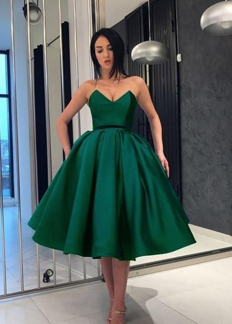 Green Satin Short Prom Dresses with Plunging Sweetheart
