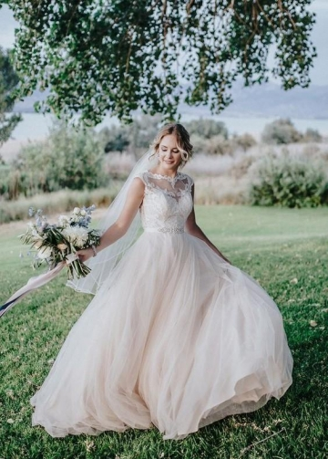 Illusion Neckline Lace Bride Dress with Tulle Skirt