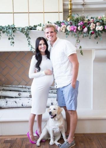Knee Length Long Sleeves White Cocktail Dress for Pregnant Women