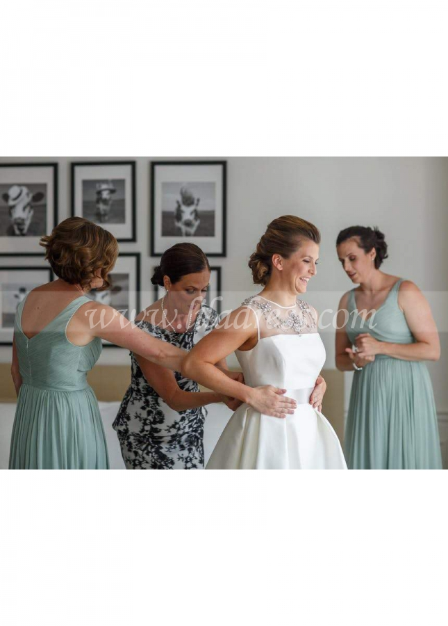 Long Chiffon Wedding Party Dresses with Pleated V-neckline Vestido de la dama de honor