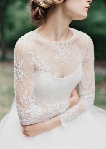 Lace Illusion Neckline Wedding Dress Tulle Horsehair Trim