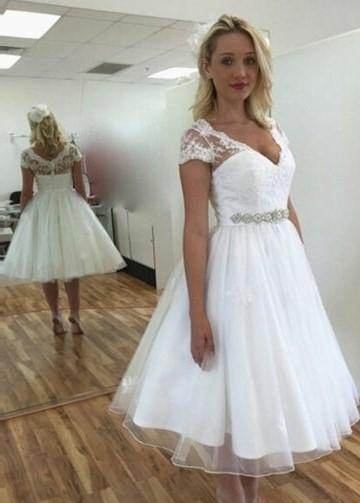 Lace and Tulle Lovely Short Wedding Dresses with Sleeves