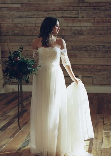Lace Tulle Boho Off-the-shoulder Wedding Dresses with Buttons Down Back