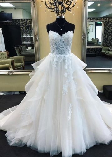 Lace Sweetheart Corset Wedding Gown Dress with Tulle Skirt