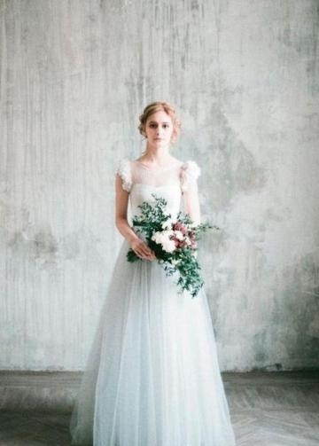 Light Gray Wedding Dress with Chiffon Flowers Sleeves